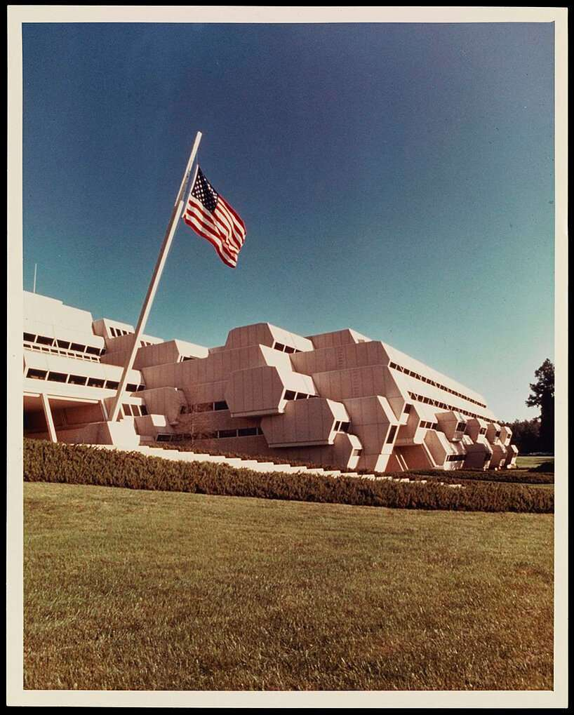 paul rudolph burroughs wellcome building